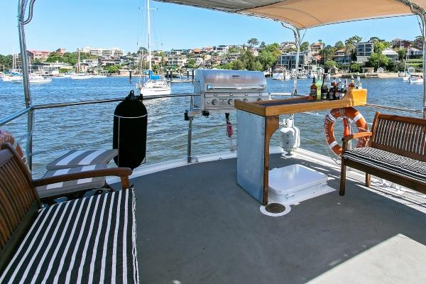 boat-ext-33b 600x400