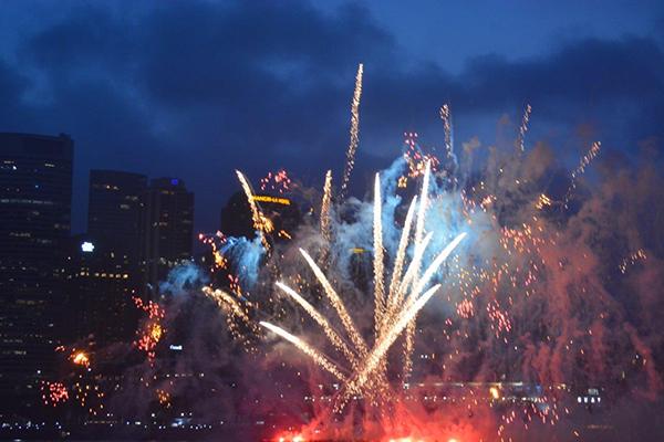oz-fireworks