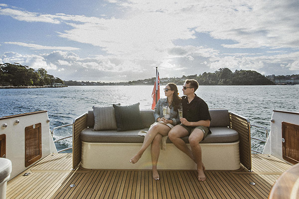 Lifestyle Charters_FELIX_cockpit bench seat